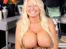 Getting To Know A Monster titted, Hard-Nippled MILF