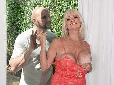 JMac shoots his man-juice, Leah swallows