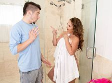 Brandii takes a shower with her son's superlatively good friend